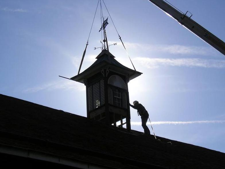 Lowering the new grand cupola in to place, 2004